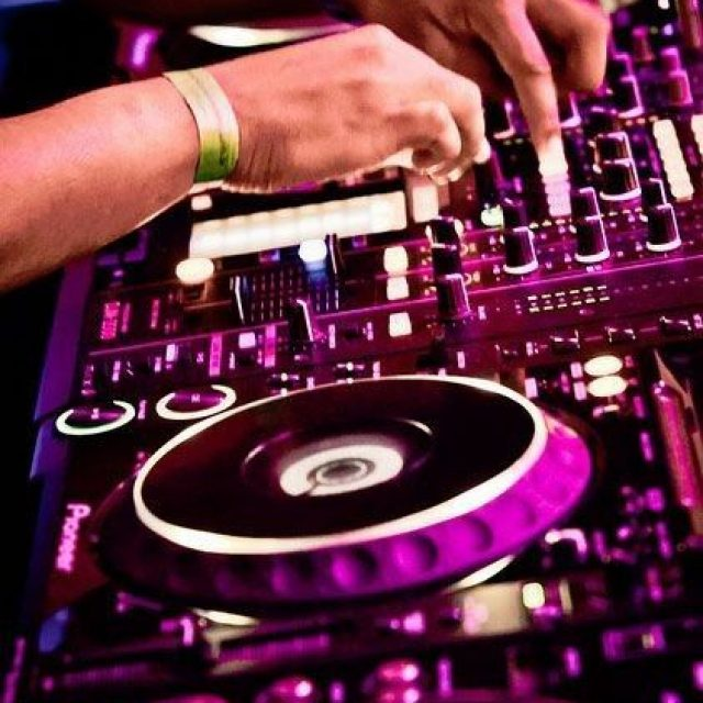This Is What People Must Know About DJs And Their Music